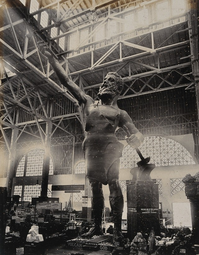 V0038325 Statue of Vulcan at the 1904 World's Fair St. Louis, Missouri